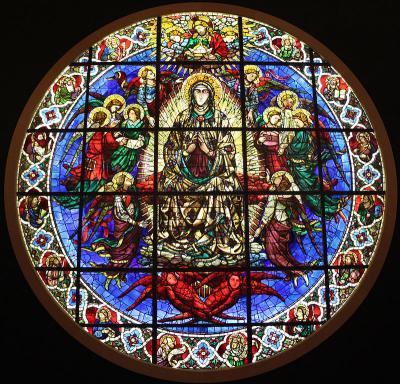 Assunzione della Vergine - vetrata del Duomo di Firenze, disegnata da Lorenzo Ghiberti ed eseguita da Niccolò di Piero, databile al 1404-1405. Si trova nell'occhio centrale della facciata.